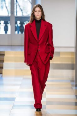 elle-mfw-fw17-collections-jil-sander-07-imaxtree