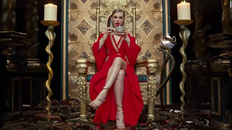 170828124008-01-taylor-swift-music-video-super-tease.jpg